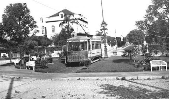 Plaza Florencio Escardó. Año 1916. (Foto 607 FMH.CMDF.IMM.UY)