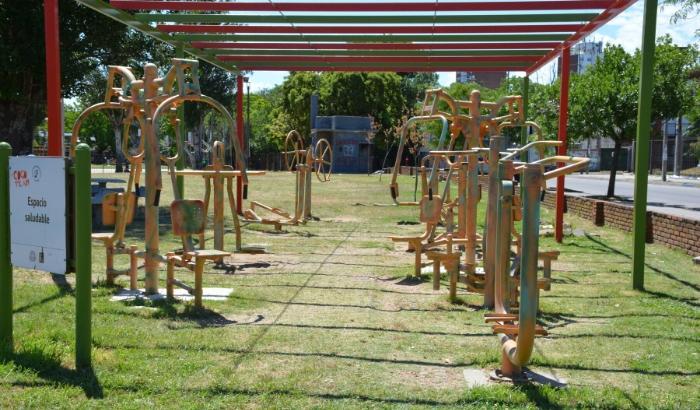 Plaza de Deportes Nº 12 - Regimiento 9 y José María Penco.