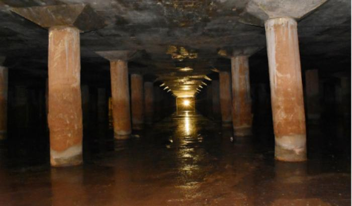 Tanque subterraneo de almacenamiento de aguas pluviales.