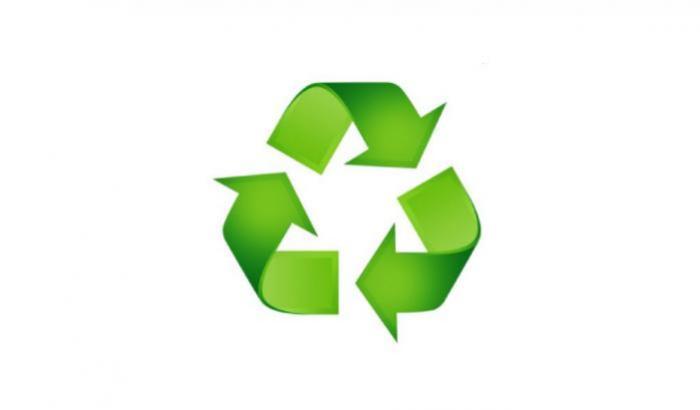 Recicla el espuma plast