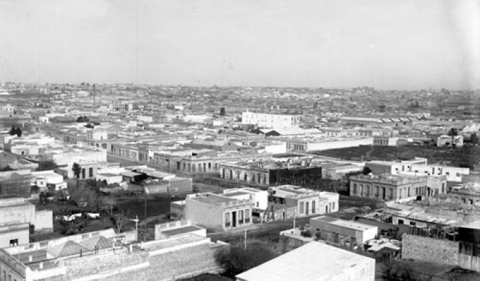 Vista de la ciudad desde barrio Reducto. Año1912 (Foto 2947 FMH.CMDF.IMM.UY)